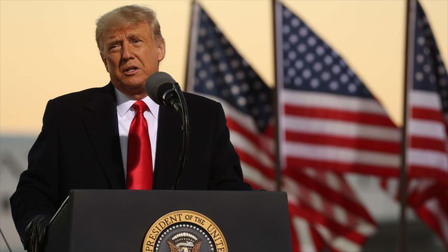 El presidente de EE.UU., Donald Trump, en un mitin en el Aeropuerto Internacional de Rochester, 30 de octubre de 2020. (Foto: AFP)