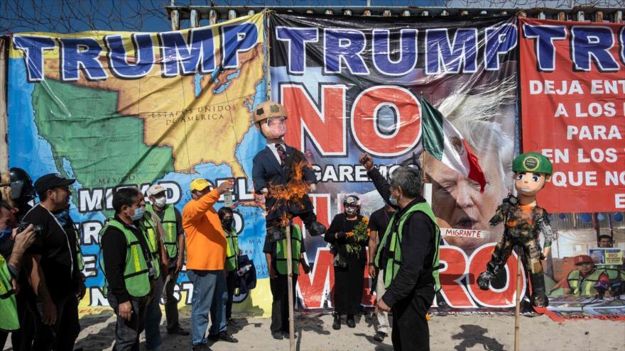 Vídeo: Queman en México figura de Trump por abusos contra migrantes