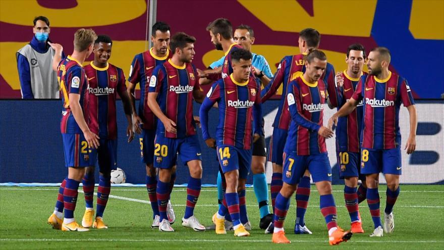 Jugadores del club FC Barcelona en un partido con Villarreal CF, Barcelona, 27 de septiembre de 2020. (Foto: AFP)