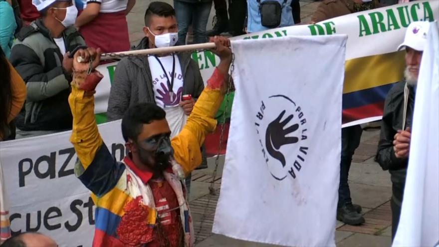 Excombatientes de las FARC llegan a Bogotá para pedir la paz | HISPANTV