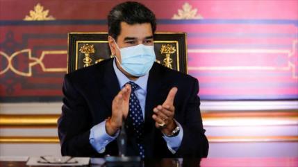 Arce invita a Maduro a su toma de posesión en Bolivia