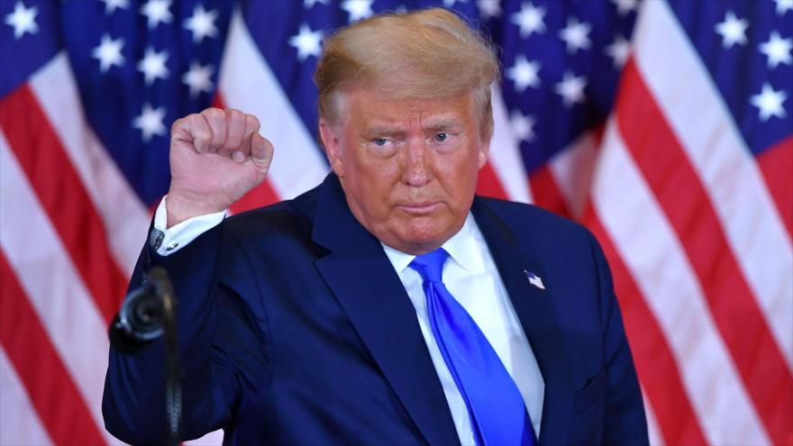 Trump se proclama 'ganador' de elecciones mientras continua recuento | HISPANTV