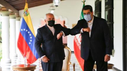 Vídeo: Maduro da una cálida bienvenida al canciller de Irán