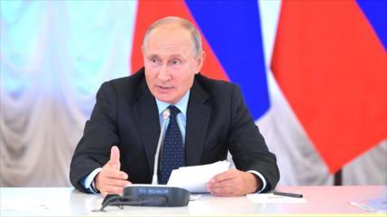 """Rusia refuta el """"disparate"""" británico sobre salud y renuncia de Putin"""