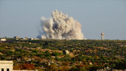 Vídeo: Cazas rusos bombardean a terroristas proturcos en Idlib