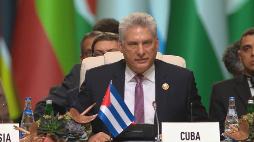 El presidente cubano, Miguel Díaz-Canel, en la XVIII Cumbre de Jefes de Estado del Movimiento de Países No Alineados, en Bakú, 25 de octubre de 2019.