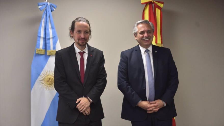 El vicepresidente del Gobierno español, Pablo Iglesias, se reúne con el presidente de Argentina, Alberto Fernández, en Bolivia, 8 de noviembre de 2020.