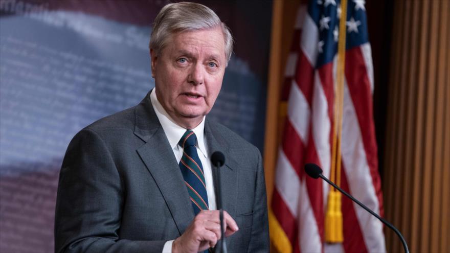 El senador republicano Lindsey Graham habla en una rueda de prensa en Washington, 25 de marzo de 2020. (Foto: AFP)