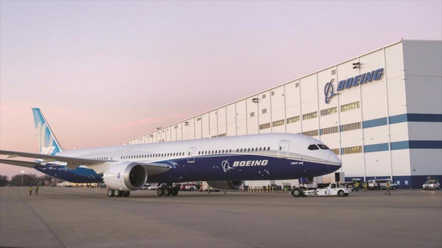 Un avión de pasajeros Boeing 787.