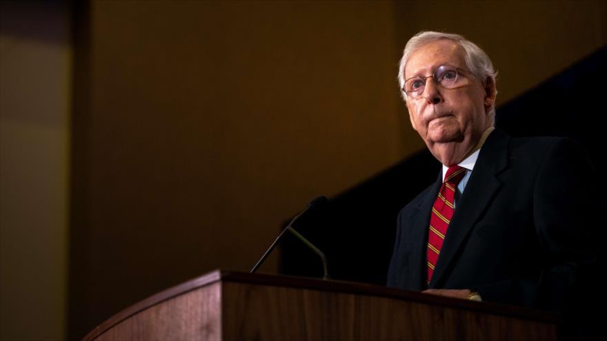 El líder de la mayoría del Senado, Mitch McConnell, pronuncia un discurso en el estado de Kentucky, EE.UU., 4 de noviembre de 2020. (Foto: AFP)