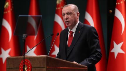 Erdogan: Turquía supervisará la tregua en Nagorno Karabaj