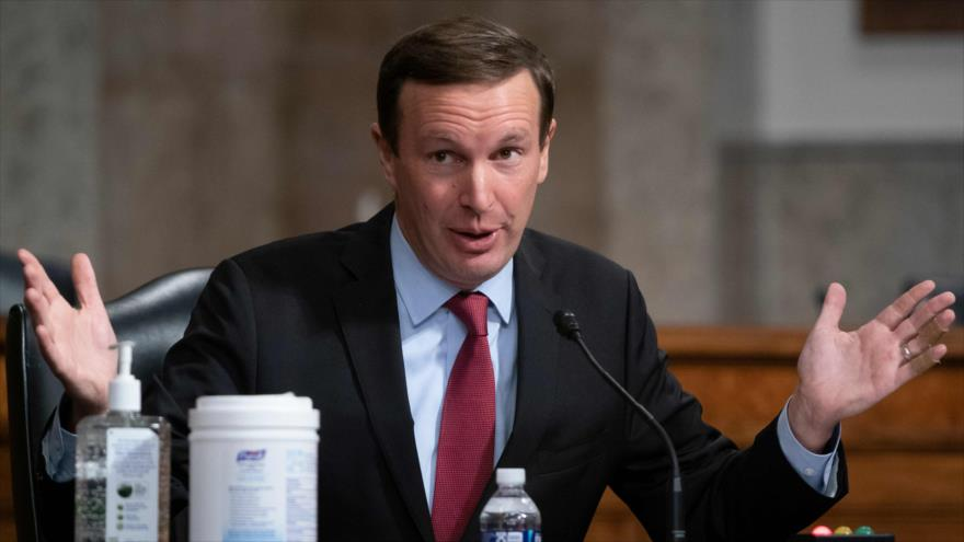 El senador estadounidense Chris Murphy interviene en una audiencia del Senado de EE.UU. en Washington D.C., 23 de septiembre de 2020. (Foto: AFP)