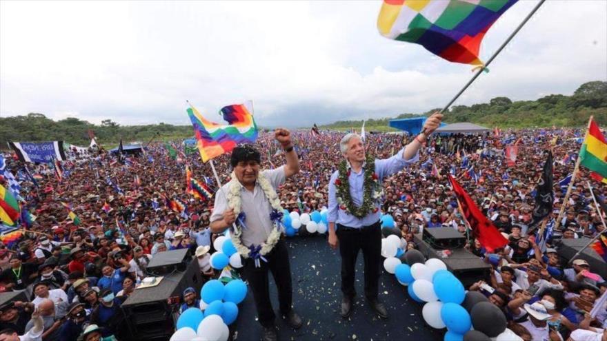 Evo Morales llega a Chimoré entre unamultitudinariabienvenida