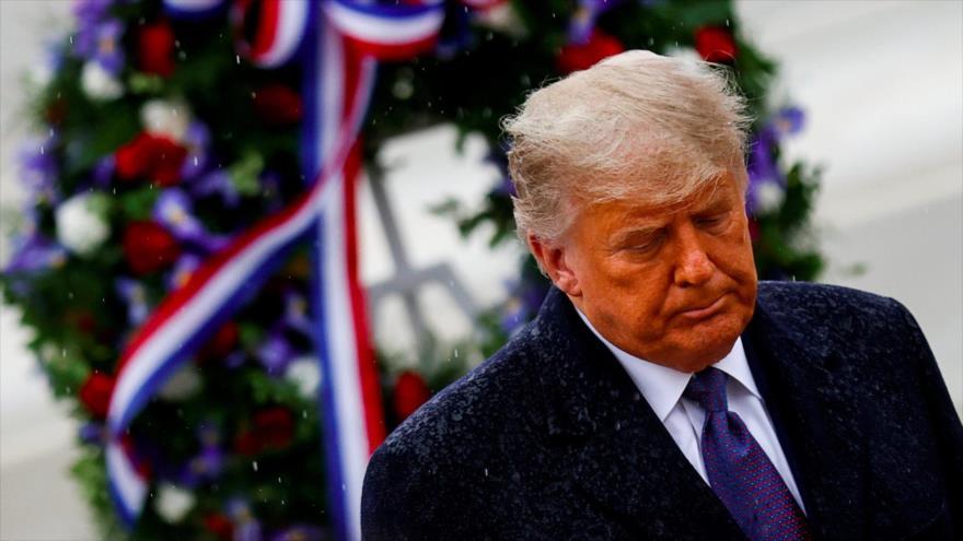 El presidente de EE.UU., Donald Trump, asiste a una ceremonia en Cementerio Nacional de Arlington, Virginia, 11 de noviembre de 2020. (Foto: Reuters)