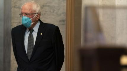 Sanders critica la hipocresía de Pompeo sobre la democracia