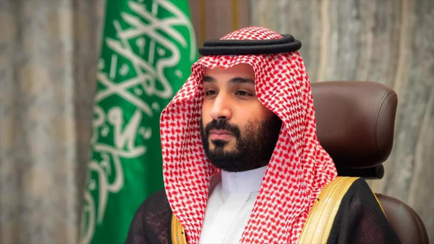 El príncipe heredero saudí, Muhamad bin Salman, asiste una reunión en Riad, la capital, 12 de noviembre de 2020. (Foto: AFP)