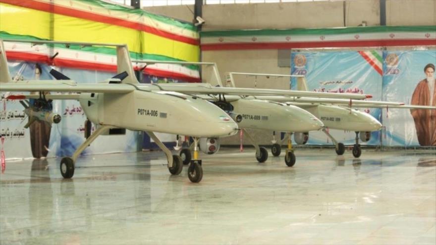 Irán presenta el avión no tripulado Mohayer 6.