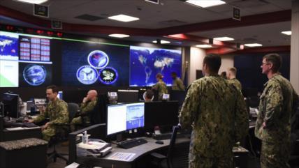 'Ejército de EEUU espía a musulmanes con aplicaciones religiosas'