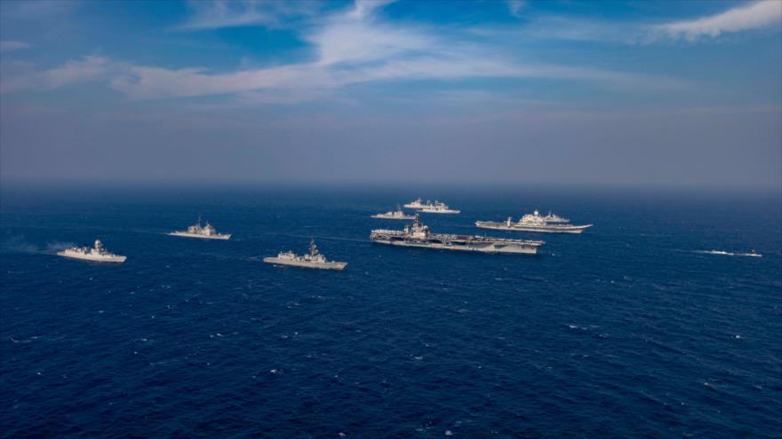 Las marinas de EE.UU., Australia, La India y Japón realizan ejercicios navales en el norte del mar de Omán, 17 de noviembre de 2020. (Foto: AFP)