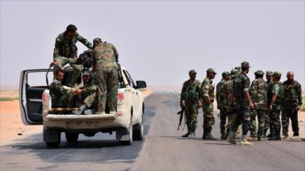 Muere comandante y 11 soldados sirios en emboscada de Daesh