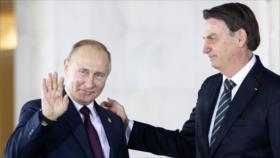Bolsonaro, feliz por elogios de Putin a sus 'cualidades masculinas'