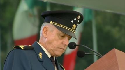 General Salvador Cienfuegos regresa de EEUU sin cargos