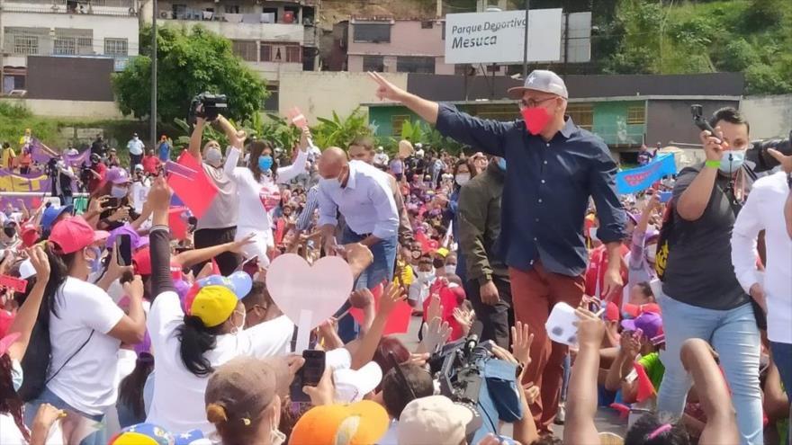 Venezuela: El pueblo va a sacar a los opositores criminales | HISPANTV