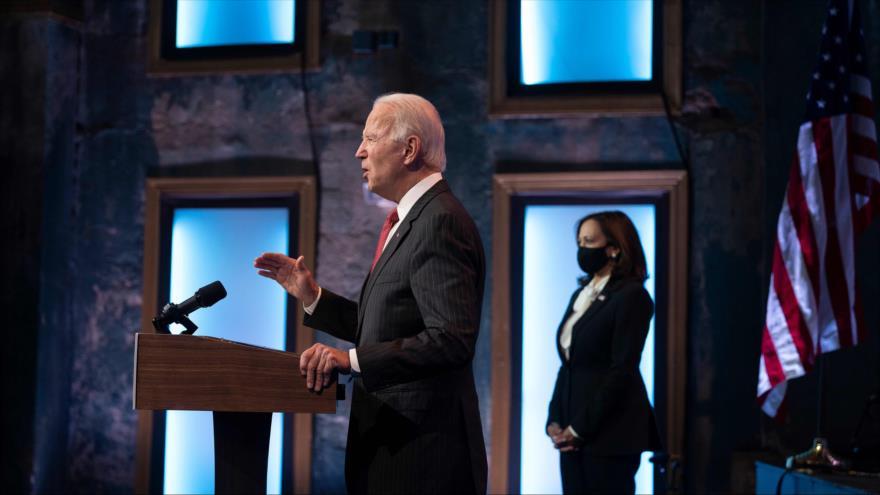 El presidente electo de Estados Unidos, Joe Biden, ofrece un discurso en Wilmington, en el estado Delaware, 19 de noviembre de 2020. (Foto: AFP)