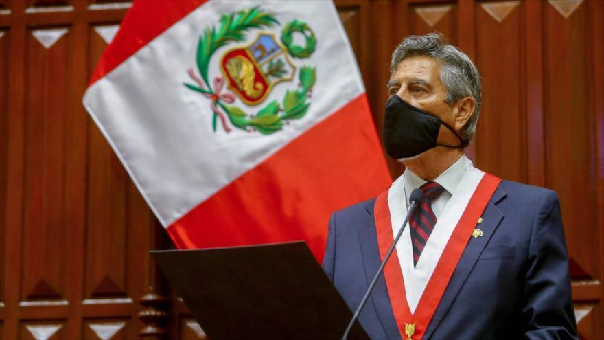 Sondeo: Designación de Sagasti calmará crisis política en Perú