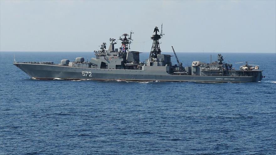 El buque antisubmarinos Admiral Vinogradov de Rusia.