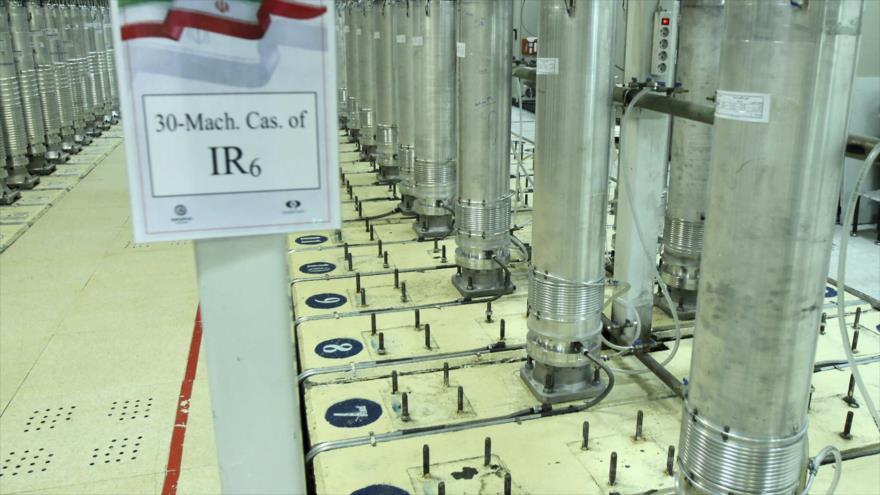 Una cascada de centrifugadoras avanzadas IR6 instalada en planta nuclear de Natanz, ubicada en el centro de Irán, 5 de noviembre de 2019. (Foto: AP)