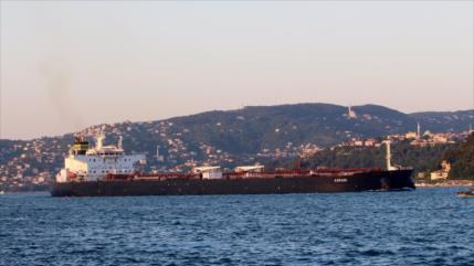 Explosión de mina daña un petrolero griego cerca de Arabia Saudí