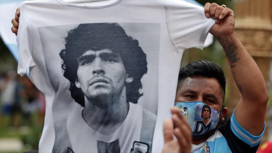 Vídeo: Maradona, más que un héroe en la cancha | HISPANTV