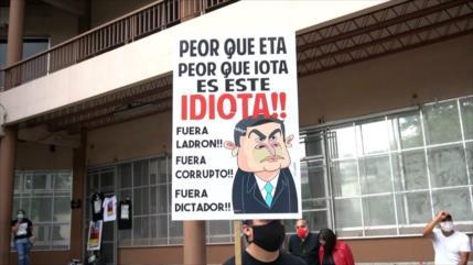 Hondureños protestan ante temor de continuidad de su presidente