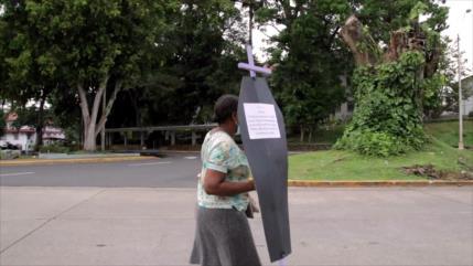 Mujeres panameñas reclaman sus derechos en medio de la pandemia
