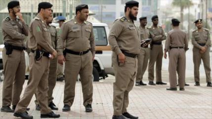 Fuerzas saudíes asaltan casas y secuestran a decenas de chiíes