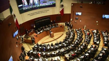 Senado de México aprueba la eliminación del fuero presidencial