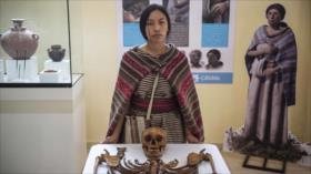 Restos de una mujer de hace 600 años asombran a arqueólogos en Perú