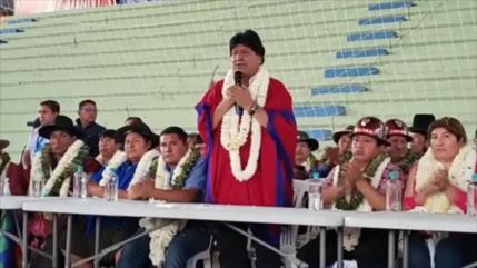 Evo Morales pide apoyo de bolivianos para fortalecer al MAS