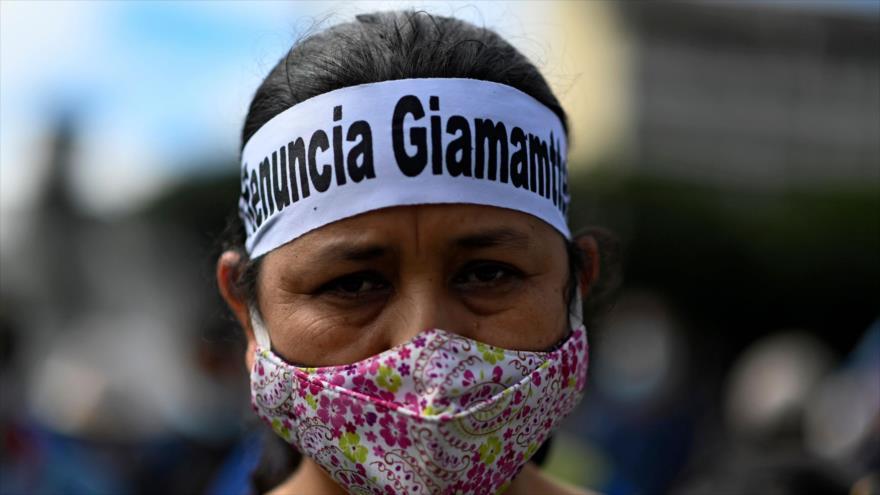 Sondeo: Giammattei debe renunciar para calmar tensión en Guatemala   HISPANTV
