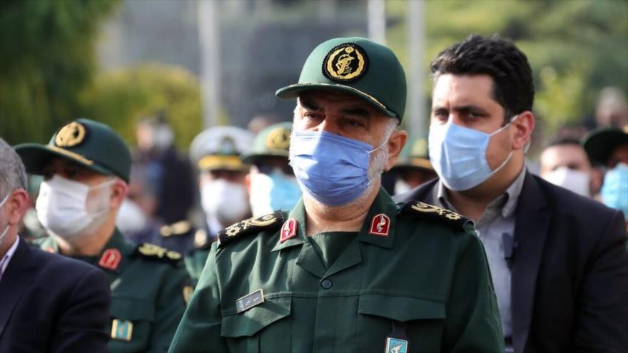 El comandante en jefe del Cuerpo de Guardianes del CGRI, Hosein Salami, en el funeral de Mohsen Fajrizade, 30 de noviembre de 2020. (Foto: IRNA)