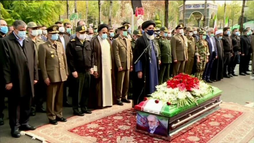 Se realiza el funeral del asesinado científico nuclear iraní
