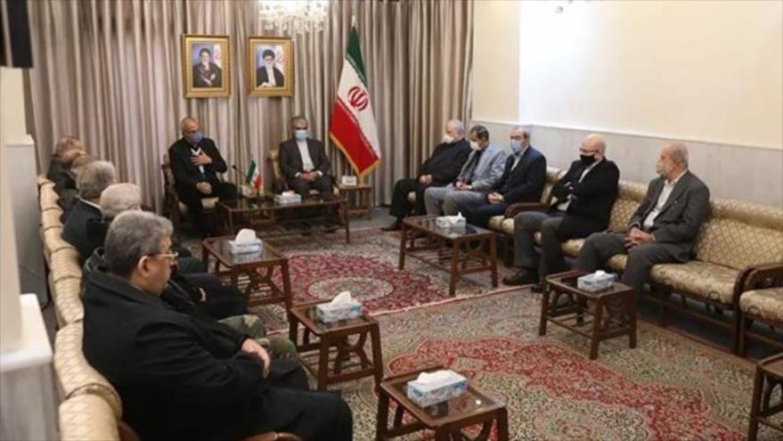 Representantes de los grupos de la Resistencia palestina se reúnen con el embajador iraní, Yavad Torkabadi, en Damasco, Siria, 30 de noviembre de 2020.