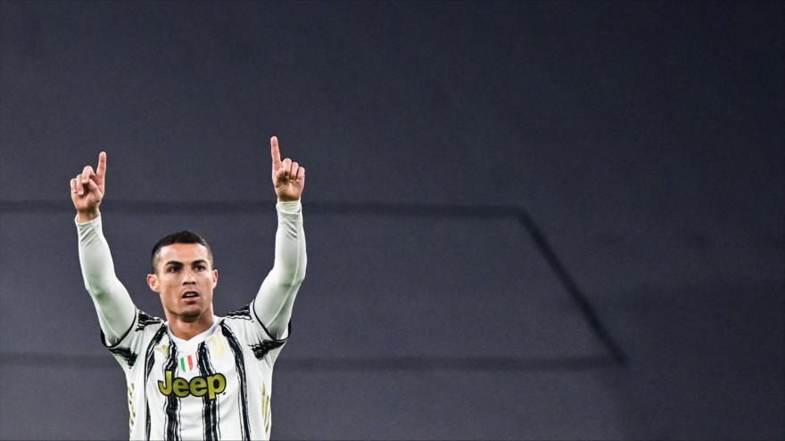 El delantero portugués de la Juventus, Cristiano Ronaldo, durante el partido de fútbol en Turín, Italia, 24 de noviembre de 2020. (Foto: AFP)