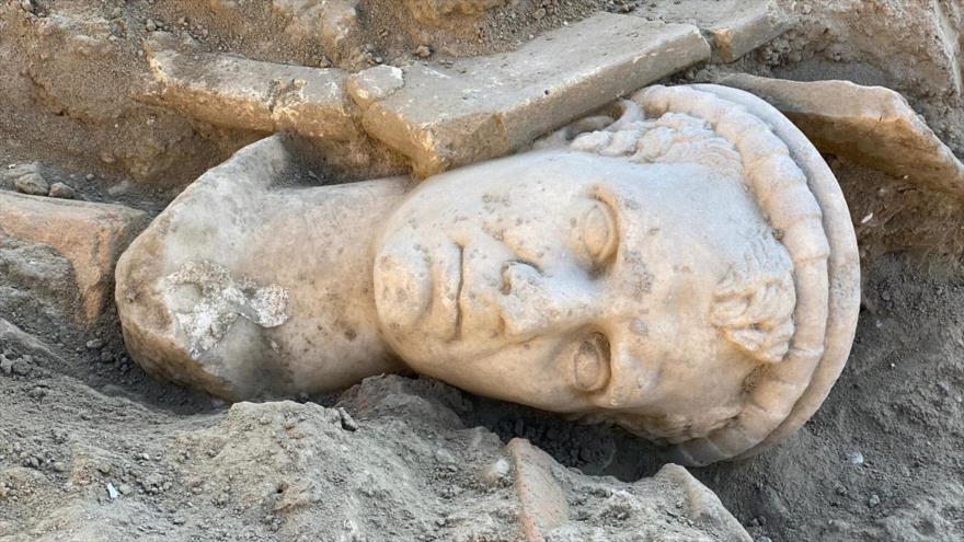 Fotos: Encuentran busto romano de hace 2000 años en Turquía | HISPANTV