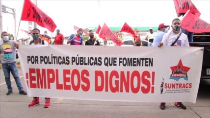 Trabajadores exigen reactivación de contratos laborales en Panamá