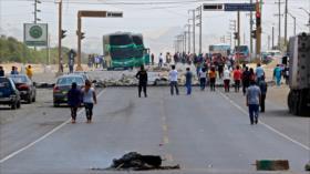 Protestas de trabajadores agrarios dejan un muerto en Perú