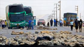 Trabajadores peruanos paralizan huelga tras derogación de una ley