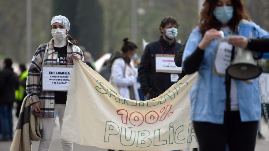 Protestan contra la gestión de la Comunidad de Madrid de la crisis del coronavirus, 29 de noviembre de 2020. (Foto: AFP)
