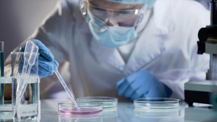 Fármaco logra eliminar la transmisión del coronavirus en 24 horas.